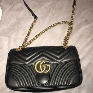 Black and bronze chain purse!